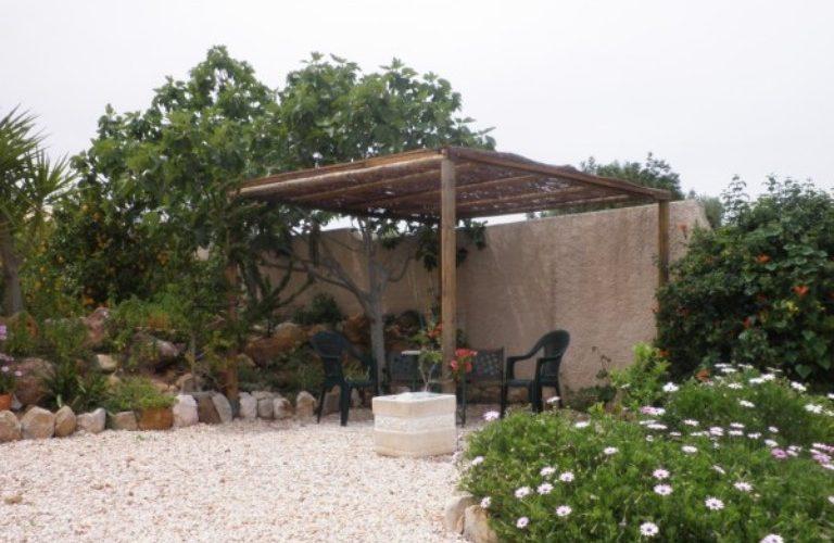 payments to Quinta Velha